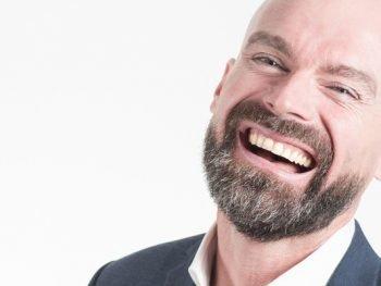 Køb af ny tand bør have fokus på et design, der sikrer naturtro tænder