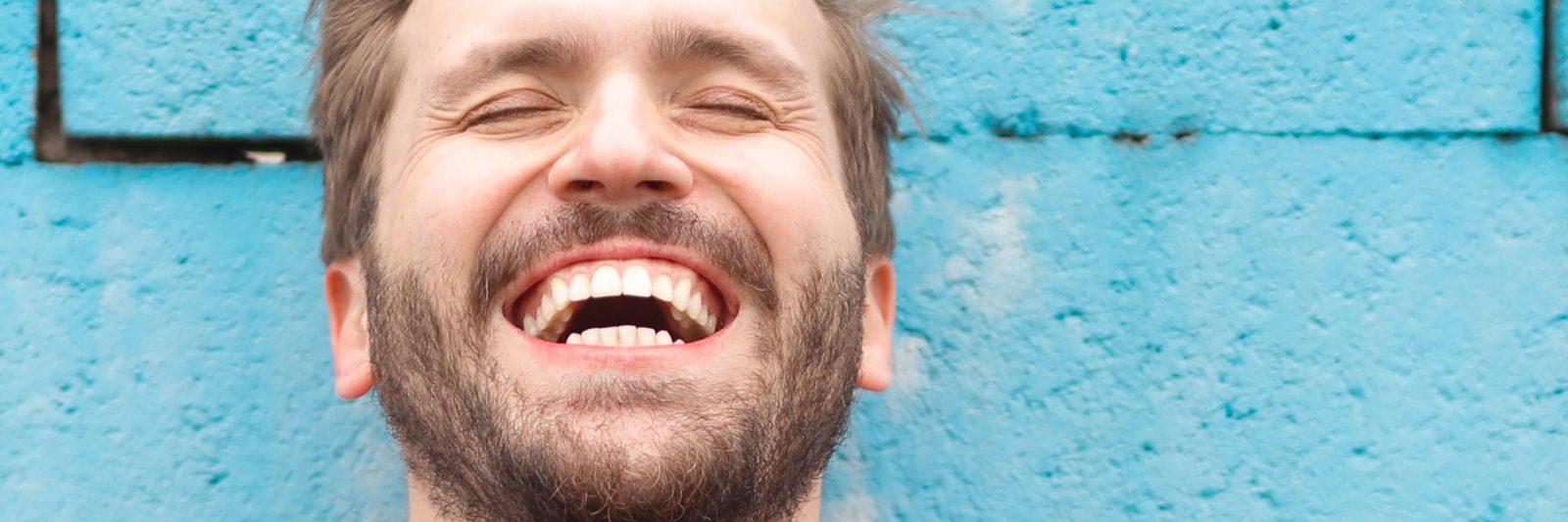 Nye naturtro tandkroner og broer med bedre tandbehandling